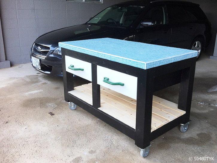 モザイクタイル天板ピザテーブル